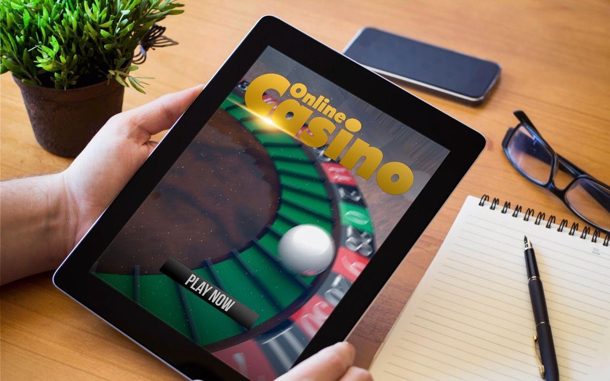 Financial Business Model of Online Casinos